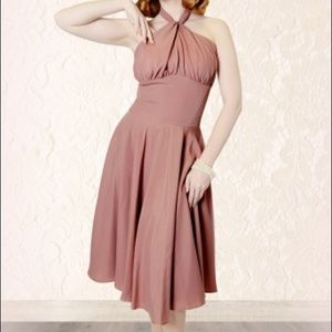 Dresses & Skirts - Collectif Isabella swing dress